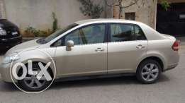 Nissan Tiida 2009 one owner (bought directly from Nissan) Extra clean
