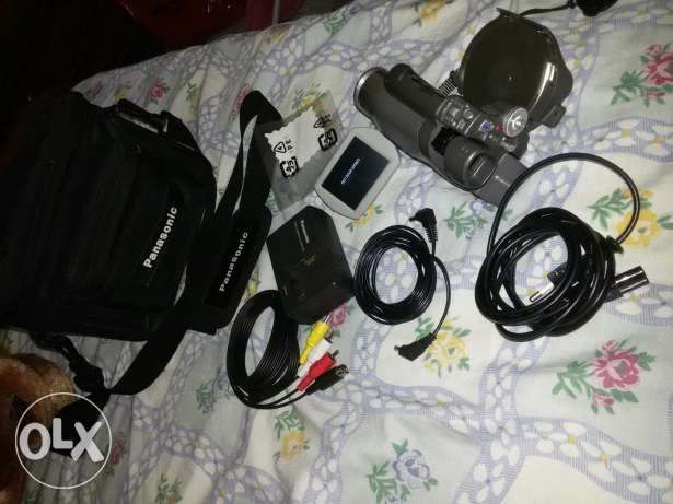 Panasonic DVD Camcoder In Great Condition Still New (Made In Japan) دامور -  1
