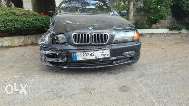 Car for sale after accident.. bmw newboy mod 99 msalaha cherke 4000$ جديدة -  2