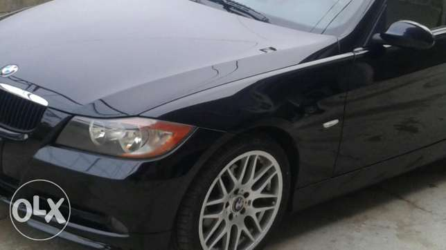 E90 325i so clean no accident
