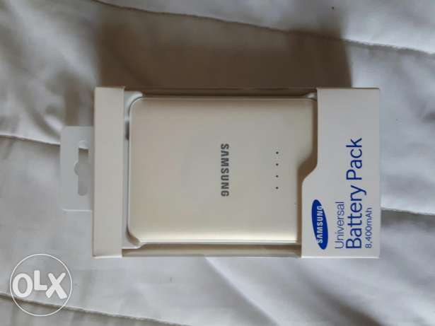 Samsung power bAnk 8.4 mah