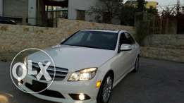 Mercedes 2009 white amglook