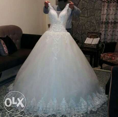 wedding dress 200$