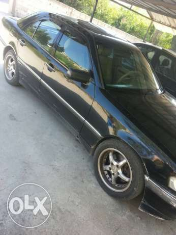 C230 kompresser model 1999 automatic by 5000$