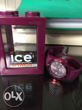purple Ice watch with its box