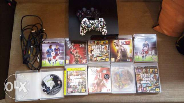 Original ps3 with 10 original games and 2 controllers