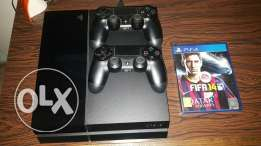 Ps4 512gb very clean with 2 original joystick plus cd fifa b 250 $