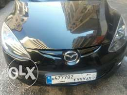 Mazda m 2011 full option
