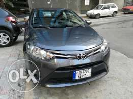 Toyota yaris very clean 2014