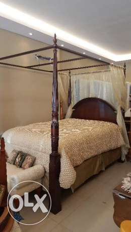 Poster Bed , Queen Size