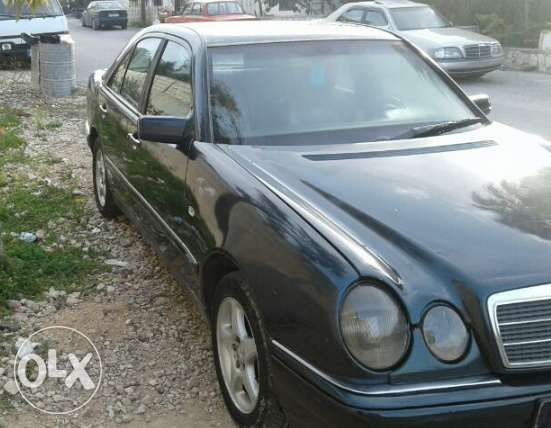 Mercedes E230 mod 96 enkad full automatic ndife