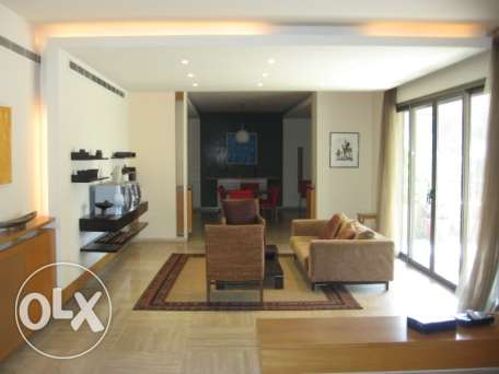 Special offer!!! 335 sqm apartment 4sale in Sodeco Beirut