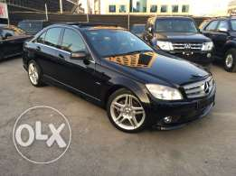 Mercedes C200 CGI 2010 Black/Black AMG Kit Panoramic Like New!