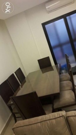 A never used dining table with 8 chairs in good price راس  بيروت -  3