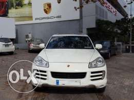 2008 Porsche Cayenne White/Black Porsche Beirut Approved 1 Owner