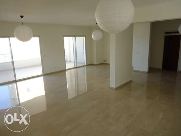 AP1611: 3 Bedroom Apartment for Rent in Clemenceau, Beirut