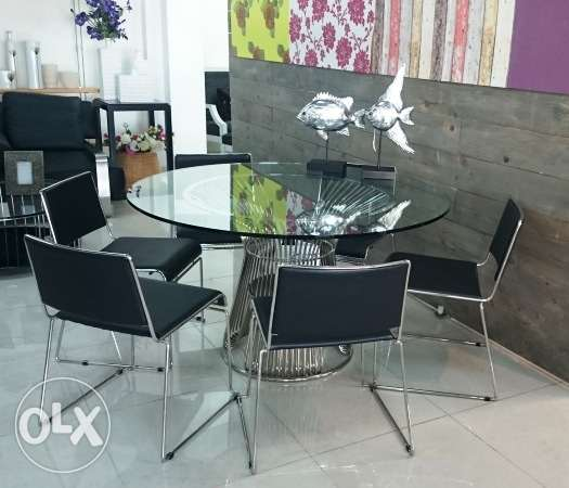 new dining table + 6 chairs (zouk mosbeh)