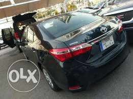 Toyota corolla 2014 as new company origin and service 17000 km only
