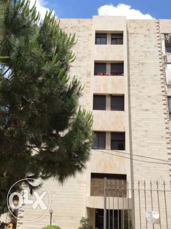3 bedrooms luxury apt in Mansourieh old road; sea & mountain view