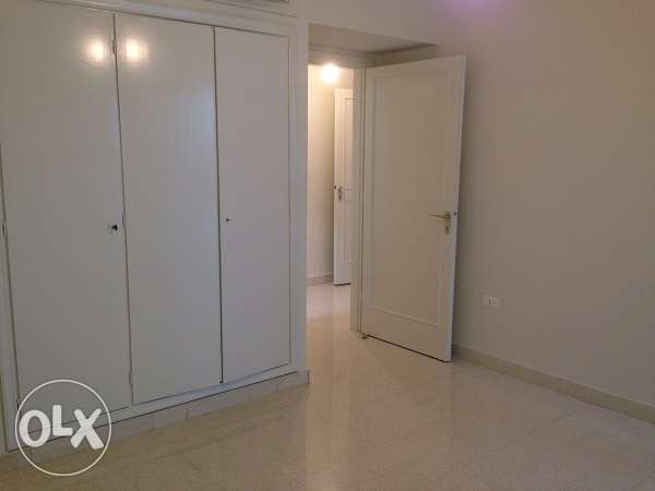 AMK172,Apartment for rent in Mar Mekhael, 200sqm, 2nd Floor