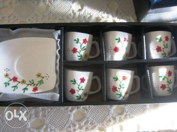 6 handpainted cups 45$ instead of 80$ جديدة -  1