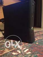Xbox 360 with Kinect and 2 games