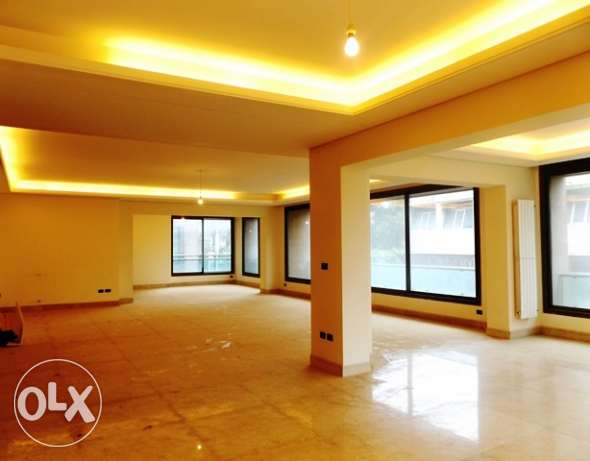 4 Bedroom Apartment for Rent in Ramlet al-Baydah, Beirut (Ref: AP1588)