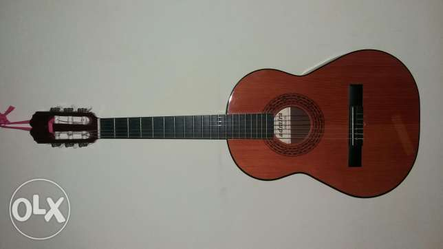 Guitar Admira ifante Made in Spain great 3/4 size حمانا -  1