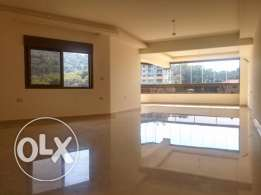 Charming Apartment with View in Yarze, Baabda