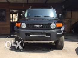 2010 Toyota FJ Cruiser Fully loaded in perfect condition !
