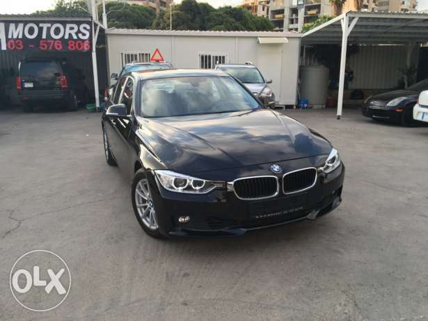 BMW 320 Black 2012 Fully Loaded in Showroom Condition! بوشرية -  2