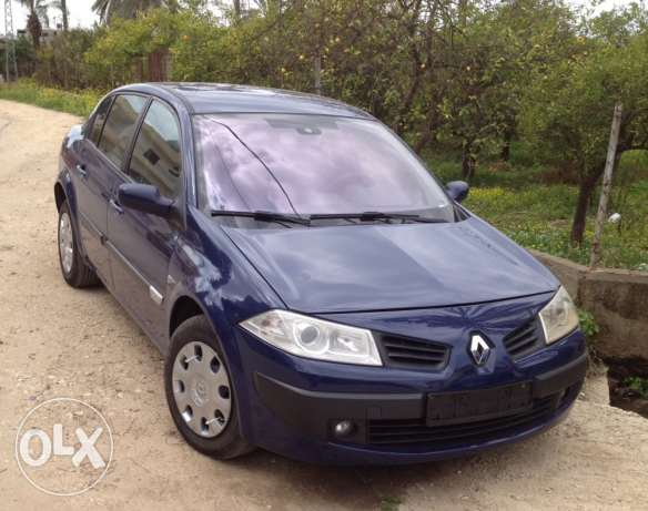 renault 2006 super clean automatic 2nkad