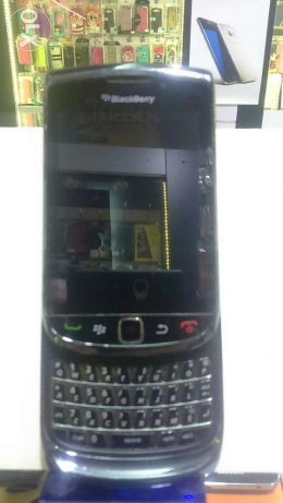 Used for sale blackberry toursh touch end key