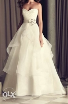 A stunning wedding dress designed by Canadian designer Paloma Blanca