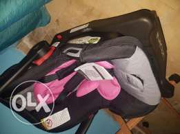 Urbini car seat 100$