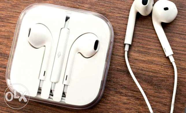 Earphone for all iPhone types راس  بيروت -  5