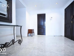 220 SQM Apartment for Rent in Beirut, Hamra AP4449