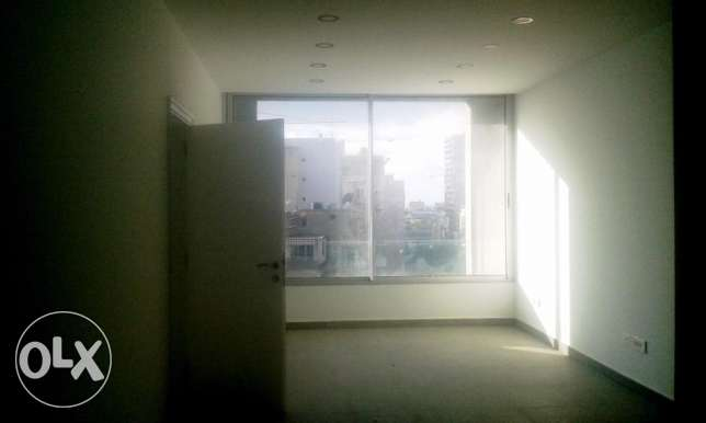 ( HAMRA , BEIRUT ) - Rent / Sale - Office - 93 m2