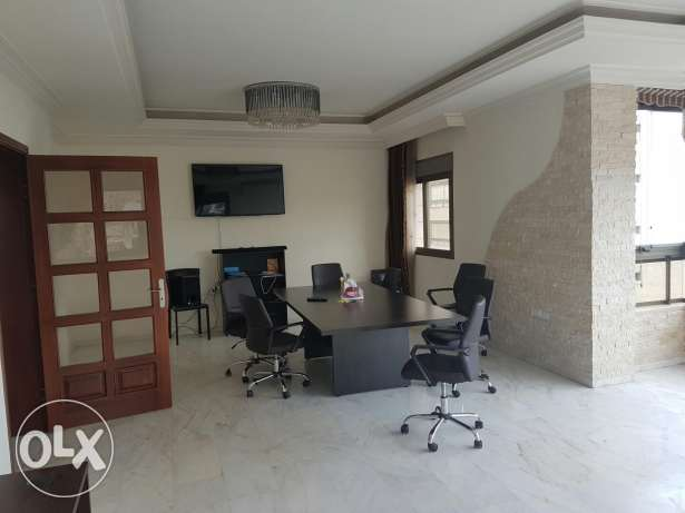 Offer for a week !!! Apartment for sale in Badaro area 200m2 فرن الشباك -  3