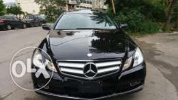 Mercedes E350 model 2010 color black coupe Panoramic Sunroof