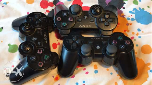 real ps3 controler each one for 10 thousand