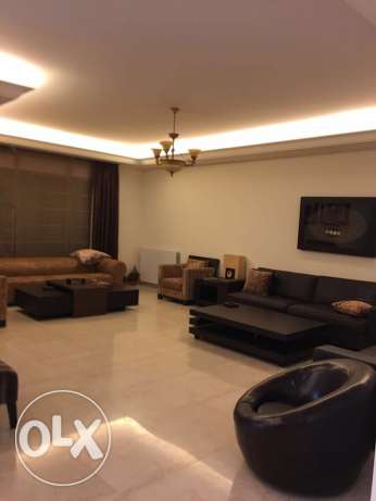Clemanceu: 350m apartment for rent. ميناء الحصن -  1