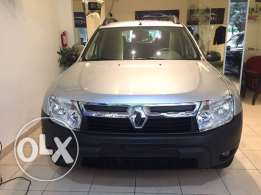 RENAULT DUSTER Mod. 2013 like new !!