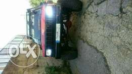 Jeep Cherokee 90 mjahaz lal extreme offroad