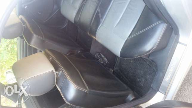 For sale Mercedec c 240 model 2000 in a very clean condition بعبدا -  6
