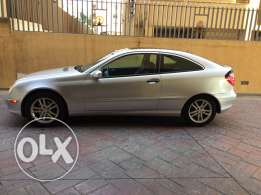 For sale Mercedes C230 very good condition!