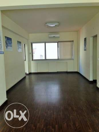 MK733, Office for rent in Ain El Mreisseh, 112 sqm, 2nd floor.