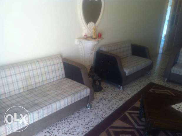Salon for sale ma3 tawlet soffra 700$