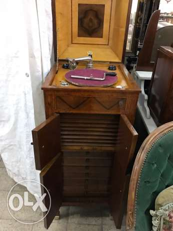 antique phonograph cabinet