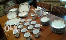 Porcelain dish set of 12